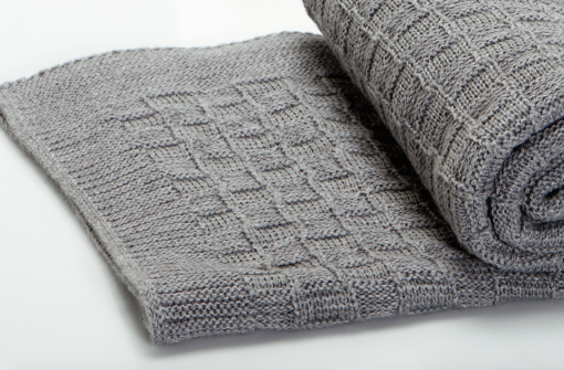 The Nest πλεκτή κουβέρτα καροτσιού αγκαλιάς Alps Grey